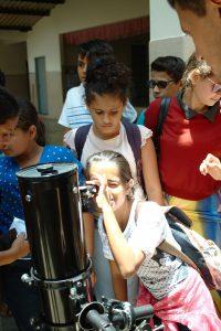 Observação solar na Escola Maria Tâmara