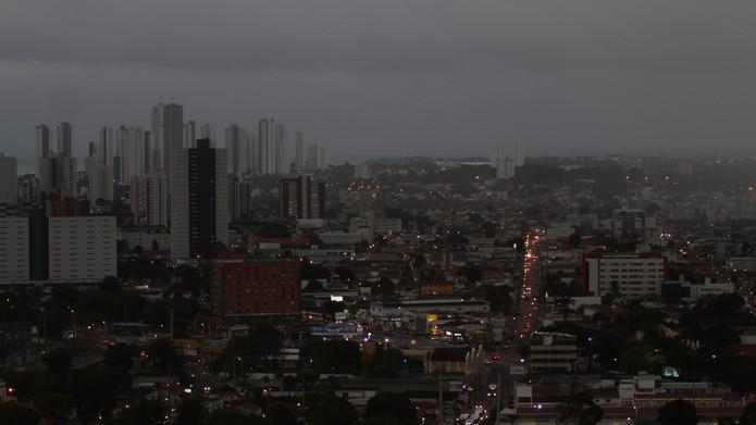 Tempo Fechado em João Pessoa - Foto: Bruna Cairo/Jornal da Paraíba