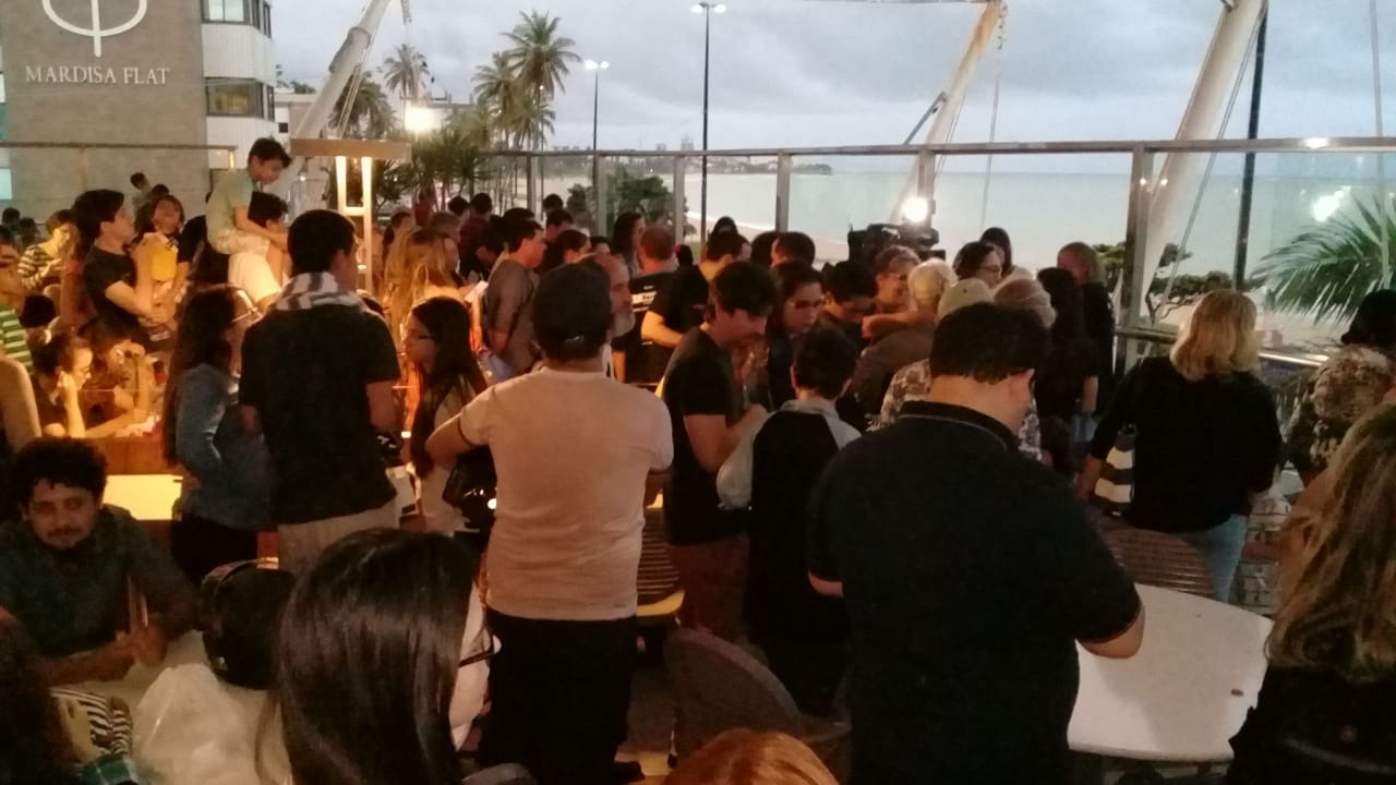 Público aguardando o eclipse - Foto: Tomaz Passamani