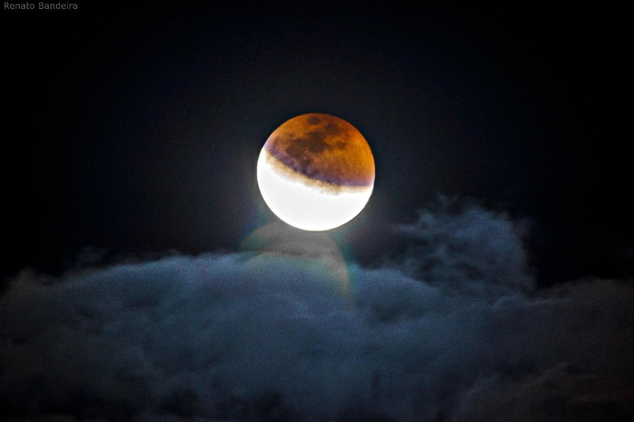 Lua parcialmente eclipsada em Maturéia - Foto: Renato Bandeira