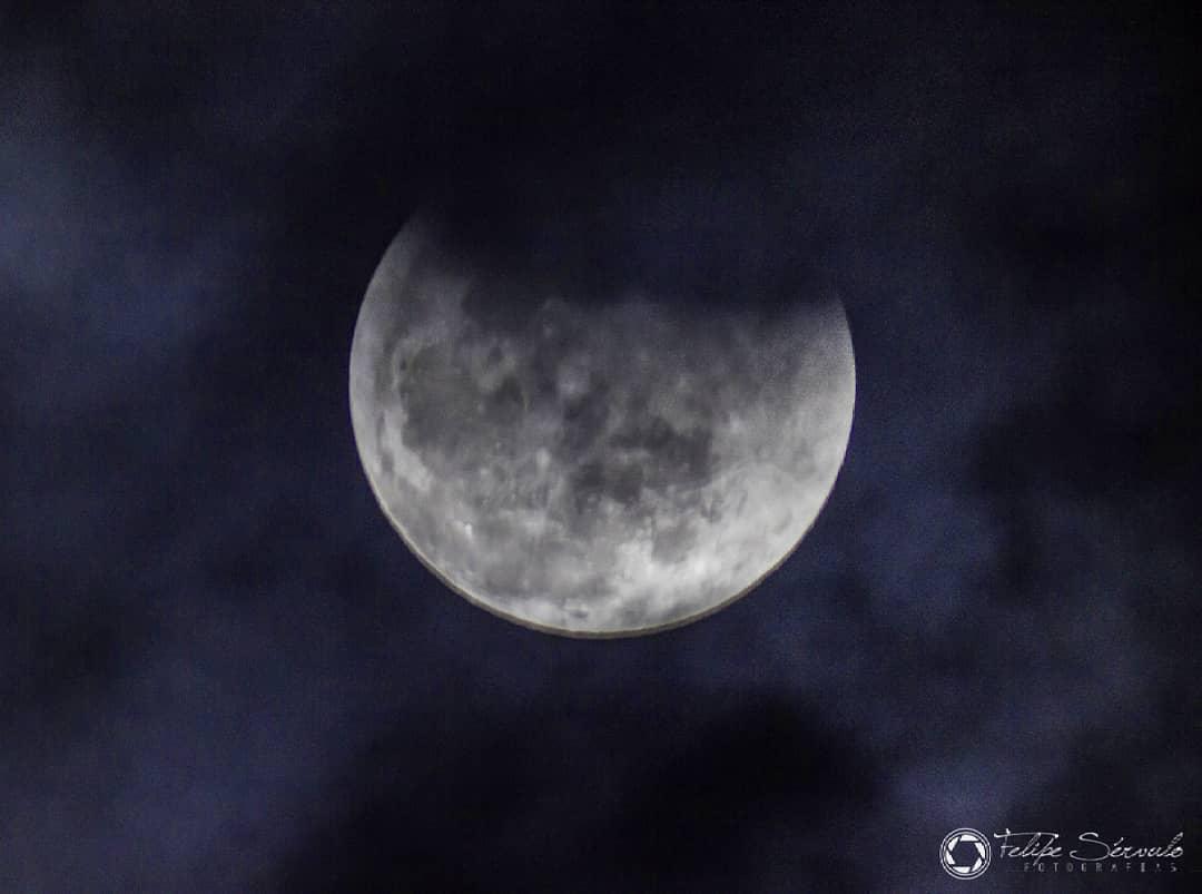 Lua parcialmente eclipsada em Taperoá - Foto: Felipe Sérvulo/Mistérios do Universo